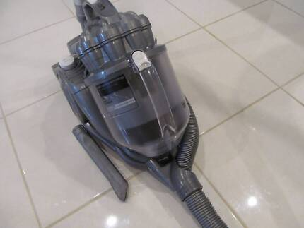 DYSON DC-08 BAGLESS VACUUM CLEANER , WITH OUT FLOOR HEAD, VAC HAS