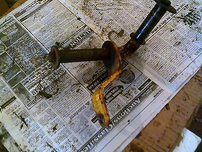 International Cub 154 Tractor Ihc Right Main Steering Front Axle Spindle Shaft