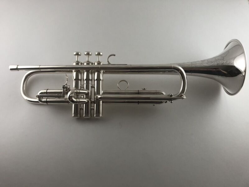1963 Martin Committee Bb trumpet With Manufacturer's 1st Slide Trigger-Silver