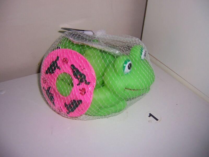 Bath Pals toyssmith rubber  green frog  set  New
