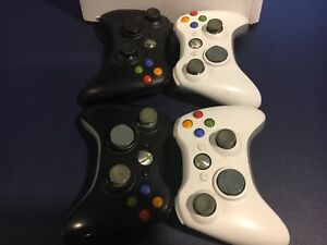 Xbox 360 + 4 Controllers