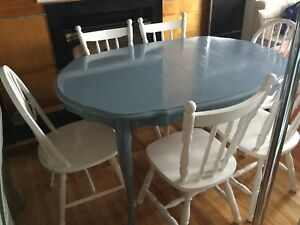 Blue dining table w/ 6 chairs