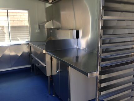 URGENT SALE Food trailer for sale