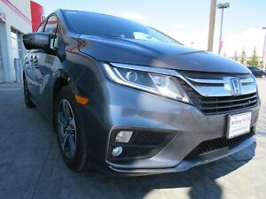 2018 Honda Odyssey EX*Power Sliding Doors, Sunroof, Back up Cam*
