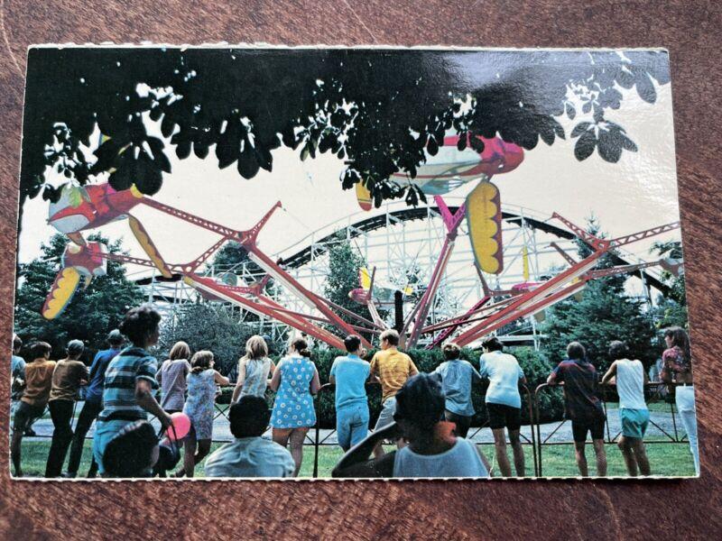Rare-vintage Geauga Lake, Ohio, Fly-O-Planes postcard