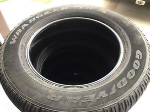 Goodyear Wrangler SR-A tires *Less then 1000kms on the tires!*