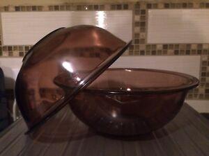 Vintage Pyrex Cranberry Glass 2.5 L bowls
