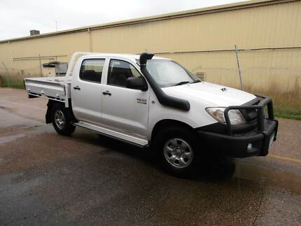 2010 Toyota Hilux 4x4 dual cab Ute Midvale Mundaring Area Preview