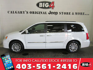2016 Chrysler Town & Country Touring-L | Dual DVD | Sunroof | NA