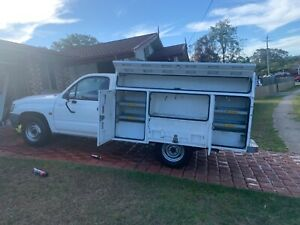 2004 Toyota Hilux 5 Sp Manual C/chas Petrie Pine Rivers Area Preview