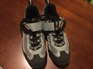 Time cycling shoes - new! (40) fit like an 8