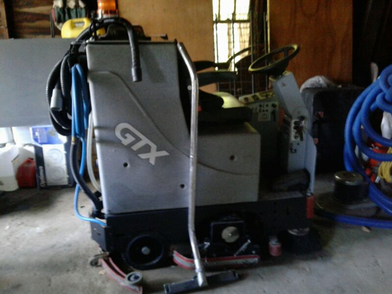 ride on industrial scrubber
