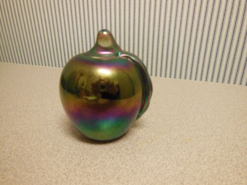 """VINTAGE SIGNED GIBSON CARNIVAL ART GLASS APPLE PAPERWEIGHT 1988, 3 1/2"""""""