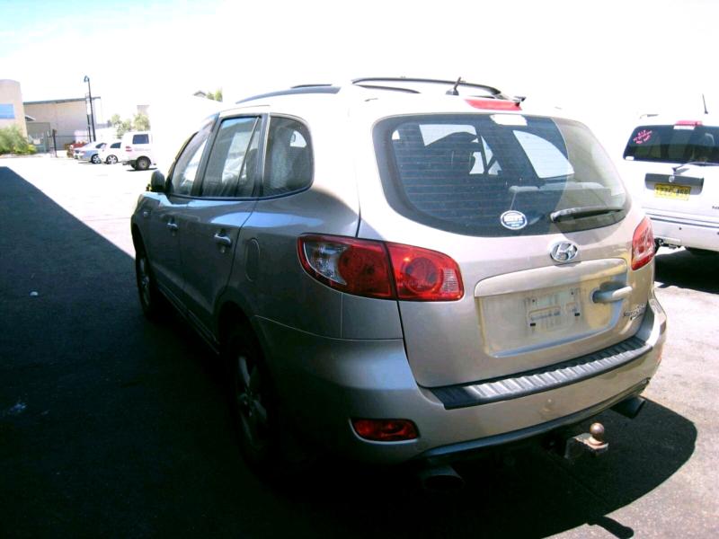 Hyundai Santa Fe Parts Wrecking Malaga Swan Area Image 2. 1 Of 6