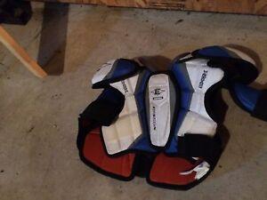 Épaulette de hockey Easton junior