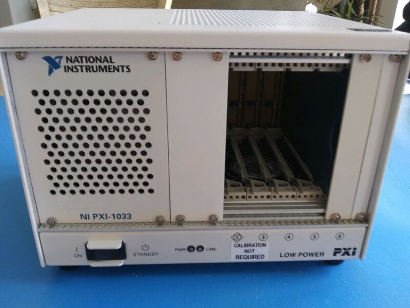 NATIONAL INSTRUMENTS PXI-1033 CHASSIS - 5-SLOT (USED)