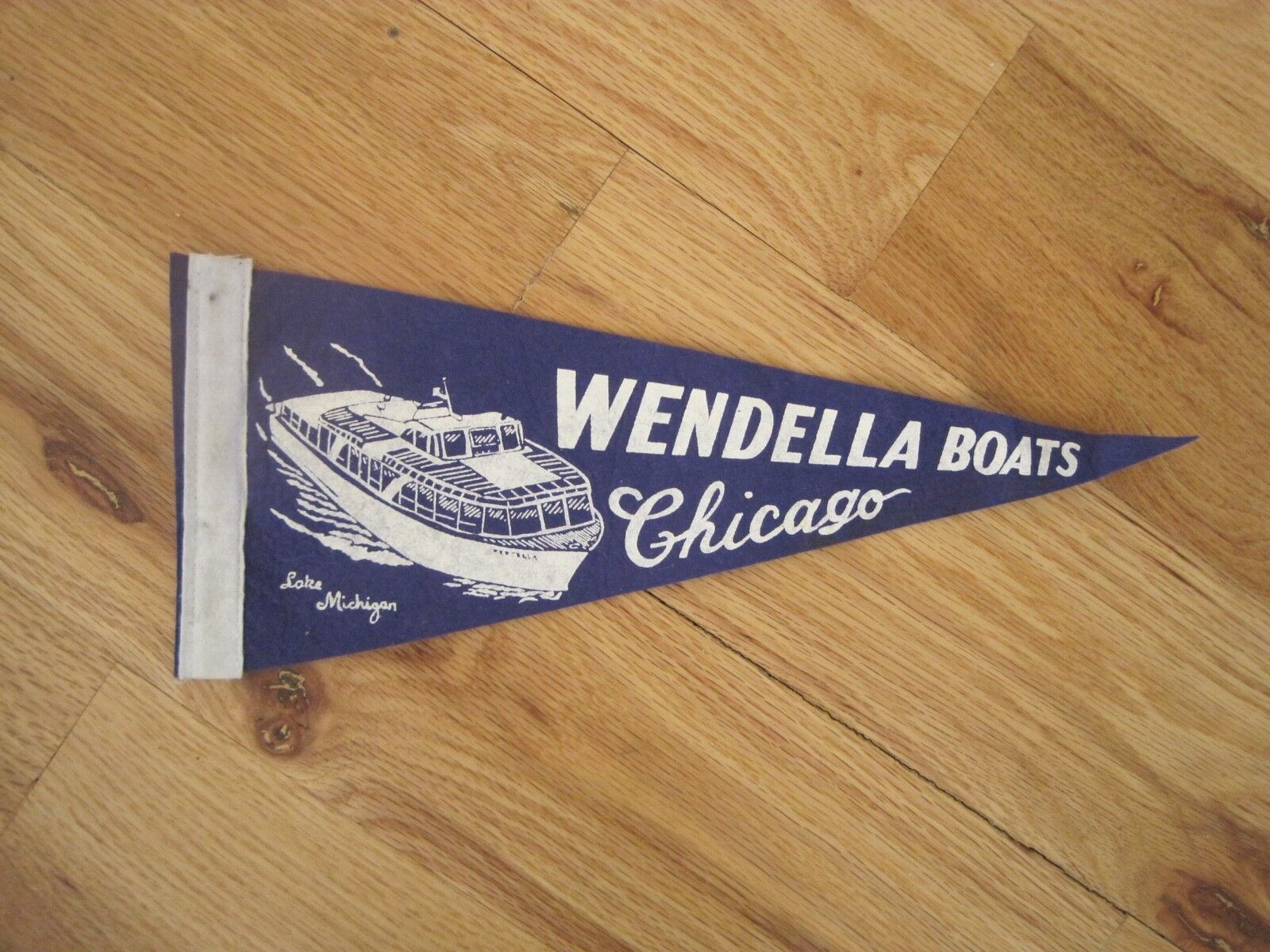 "Pennant Wendella Boats Chicago Lake Michigan 14 1/2"" x 3 1/2"""