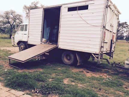 Horse truck for sale. Cheap!!! Urana Urana Area Preview