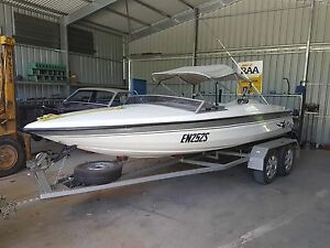 Ski boat 351 Windsor v8 Paringa Renmark Paringa Preview