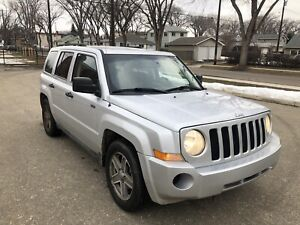 2009 Jeep Patriot 4x4, Only 135KM, Clean Car Proof, Runs Awesome