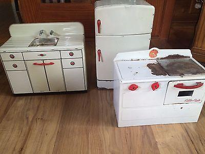 Vintage 1950's Electric Little Lady Tin Stove Oven Sink Fridge