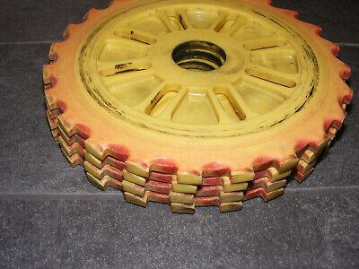 Ih International Corn Planter Seed Plates Lustran C697-24 Set Of 4