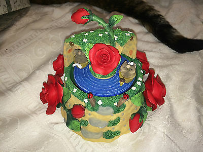 """Charming Tails """"TUNNEL OF LOVE""""  FITZ AND FLOYD MUSIC BOX ROSES"""