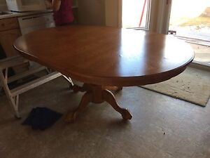 $380 OBO Dining Table set includes 6 chairs