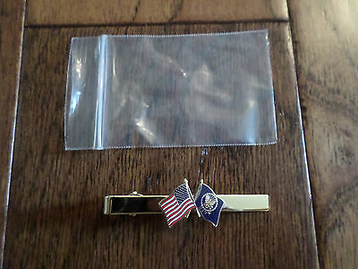 U.S MILITARY NAVY TIE BAR TIE TAC U.S MILITARY NAVY FLAG WITH U.S.A FLAG TIE BAR