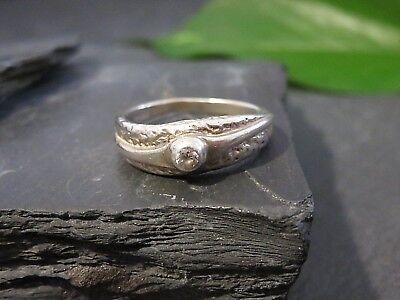 Wunderbarer 925 Silber Ring Strukturiert Solitär Zirkonia Vintage Retro Elegant