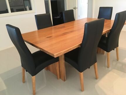 Marri Dining Table With 6 Matching Leather Chairs