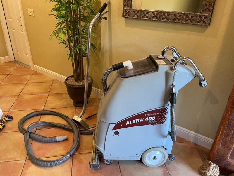 CFR ALTRA 400 OZSP CARPET EXTRACTOR with optional WAND AND HOSES