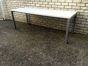 """Steel base workbench """"SOLID"""" in very good condition Sylvania Sutherland Area Preview"""