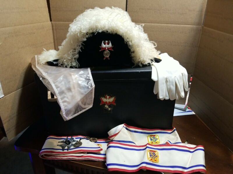 Vintage Knights Of Columbus Ostrich Feather Chapeau Hat W/ Sash, box and extras