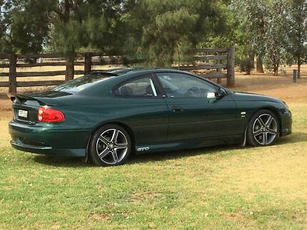 HSV GTO COUPE 2002 (RARE)