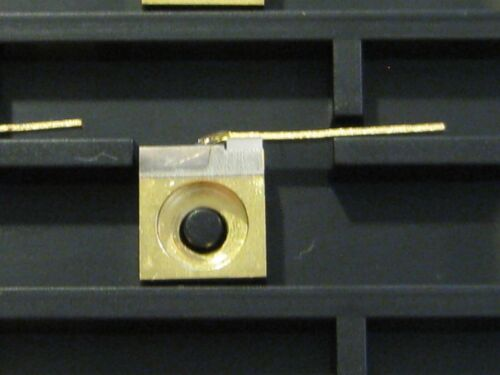 808nm 3W 200um Aperture C-Mount Laser Diode