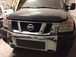 2009 Nissan Titan for parts only 120000km