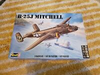 RVM5512-Revell Monogram 1:48 B-25J Mitchell
