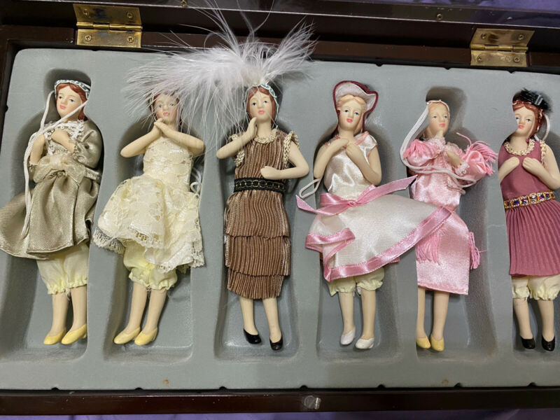 Vintage 6 Porcelain Doll Ornaments in Wooden Display Box FREE SHIPPING
