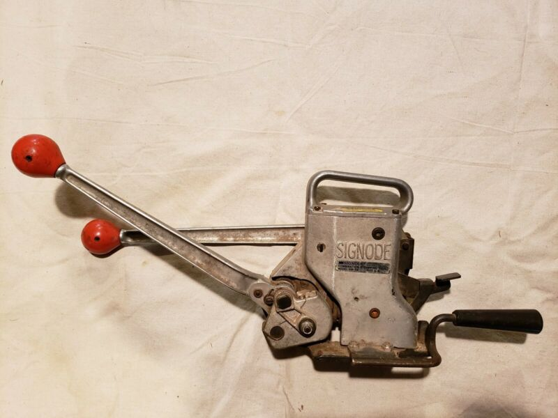 """Signode AM-58  5/8"""" Combination Steel Strapping Tool"""