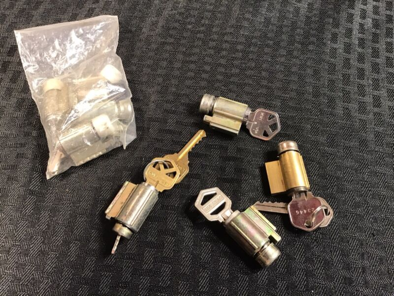 EZ Set Knob Cylinders With Working Kyes Locksmith 8 Qty