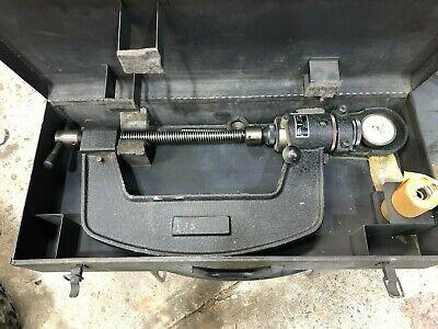 Wilson Mobile Hardness Tester M-2 W Case
