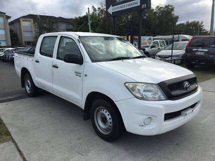 2009 Toyota Hilux Ute- dual cab- 6 cylinders- drives great Labrador Gold Coast City Preview