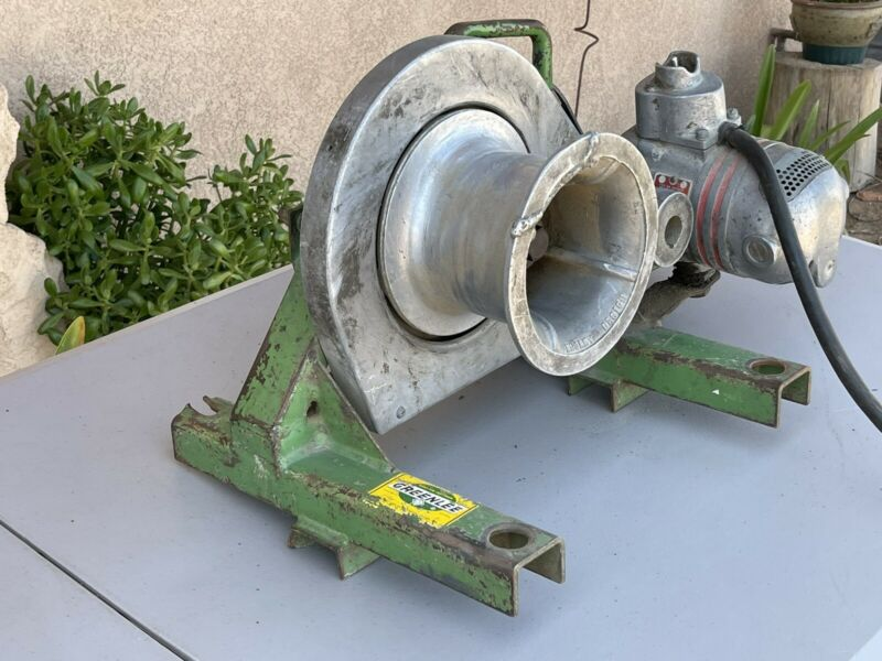 Greenlee 640 Cable Tugger Wire Puller Electricians Rope Puller