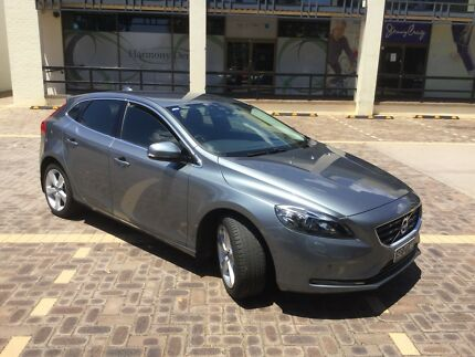 Wanted: Volvo V40 T4 Luxury 2015 5cyl 2.0 L