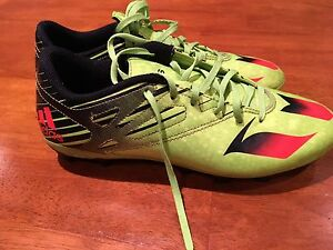 Boys youth, size 8 Adidas soccer cleats