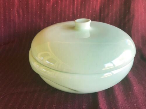 Russel Wright  2qt Casserole with Lid