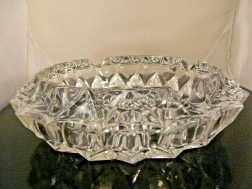 VINTAGE BEAUTIFUL DEEP CUT DIAMOND SHAPE LARGE GLASS ASHTRAY - VERY HEAVY 3 LBS.
