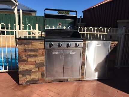 BBQ in excellent condition
