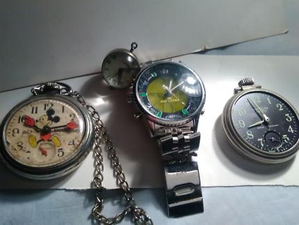 4× watches